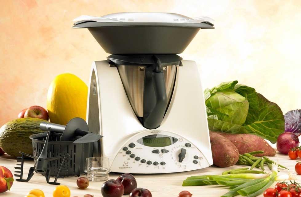 Cu les son los mejores robots de cocina en 2018 - Thermomix o robot de cocina ...